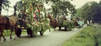 lupineweg-jaren-70-oranjefeest-barnewinkelscho_1038
