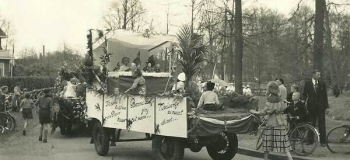 marialust-heuvellaanschool-koninginnedag1954_1038