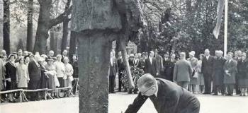 oranje-park-doden-herdenking-1960_1038
