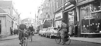 hoofdstraat-hoek-paslaan-foto-j.g.-van-ommen-1_1038