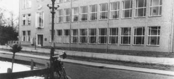 paul-krugerstraat-c-nijverheidsschool-v-meisje_1038