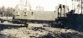 woudhuis-tank-geschoten-18-april-1945kl_1038