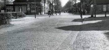koninginnelaan-zwolseweg-richting-loseweg-1957_1038